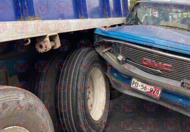 Al menos dos heridos deja accidente sobre la carretera Tepic-Aguamilpa