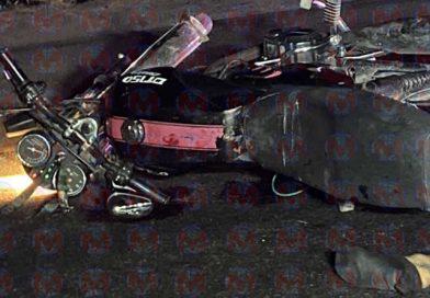 Pareja de motociclistas pierden la vida en trágico accidente sobre el libramiento de Tepic