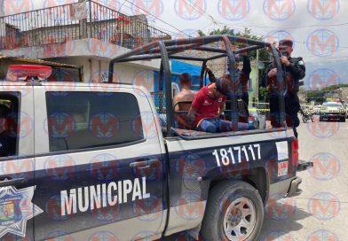Detienen a dos presuntos ladrones en la ciudad de Tepic
