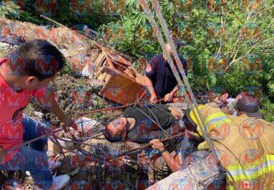 Hombre resulta herido tras caer a barranco en la ciudad de Tepic